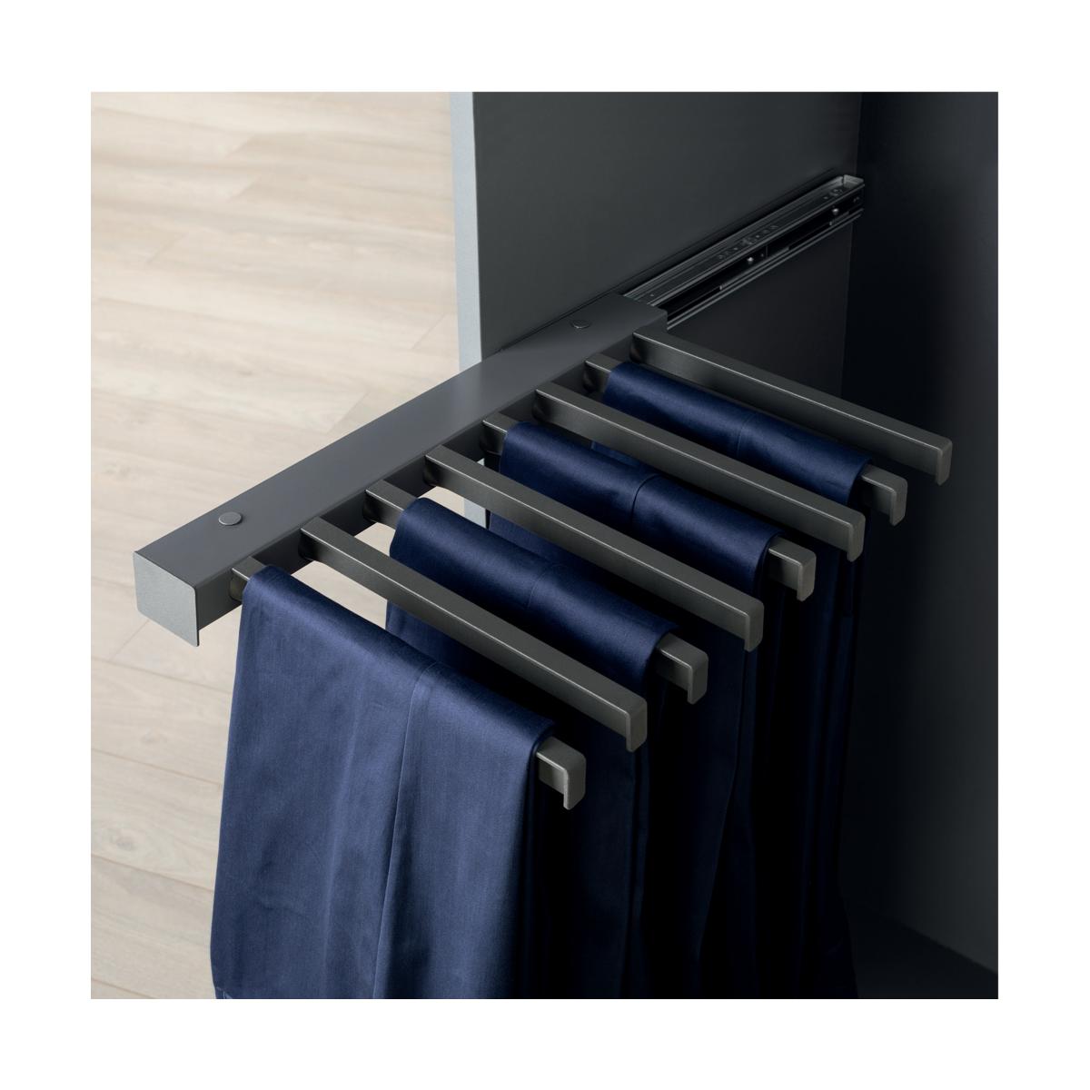 Porte-pantalons latéral